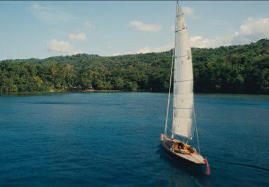 """Jedrilica Spirit 46 u filmu """"Nije vreme za umiranje"""""""